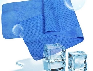 ice in towel for migraine